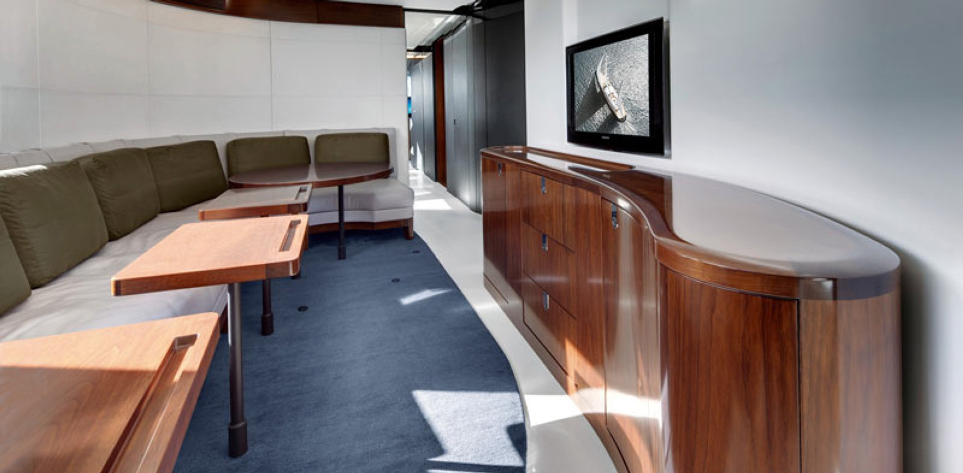 A classroom on board a S/Y